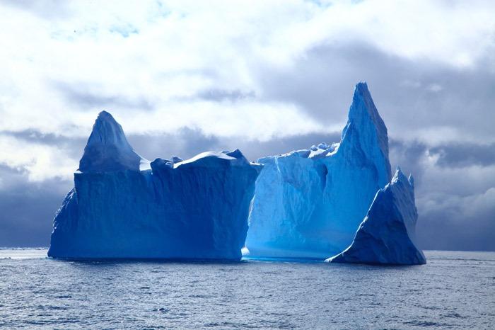 有钱任性:阿联酋富翁计划将南极冰山运回国解决供水危机