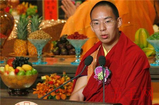 班禅和喇嘛的区别,两者不同组织不同宗教