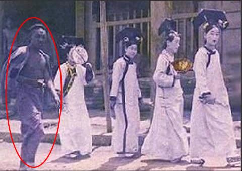 揭秘北京故宫灵异事件,1992年故宫宫女魅影